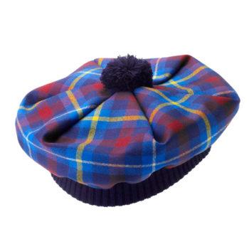 Boina Escocesa. Esta boina en tartán Highland Titles ... e5f92ef4f89